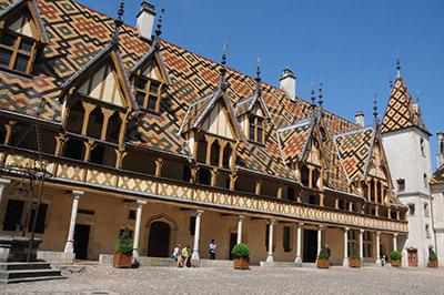 Hospice de Beaune tourisme en Bourgogne